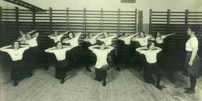 naisvoimistelijat